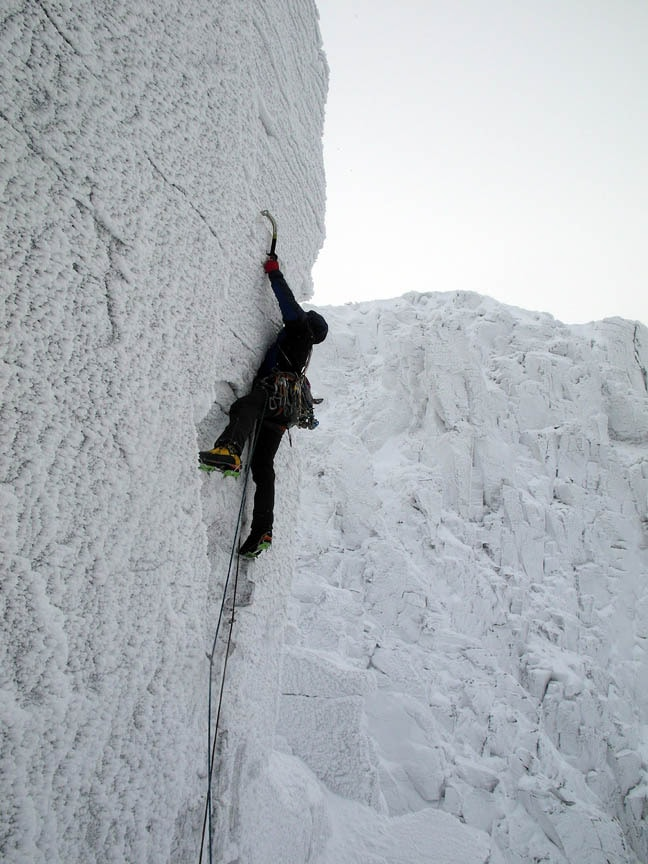 Bayard on the second pitch of Daddy Long Legs. Corrie an Lochain, Cairngorms. Nick Bullock photo.